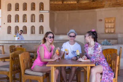 El_Wekala_Resort_Taba_Heights_Beach_Bar